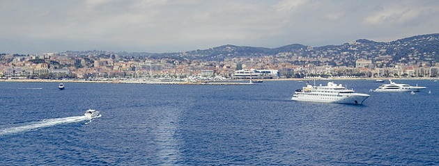 rent a motorbike in cannes - location moto cannes